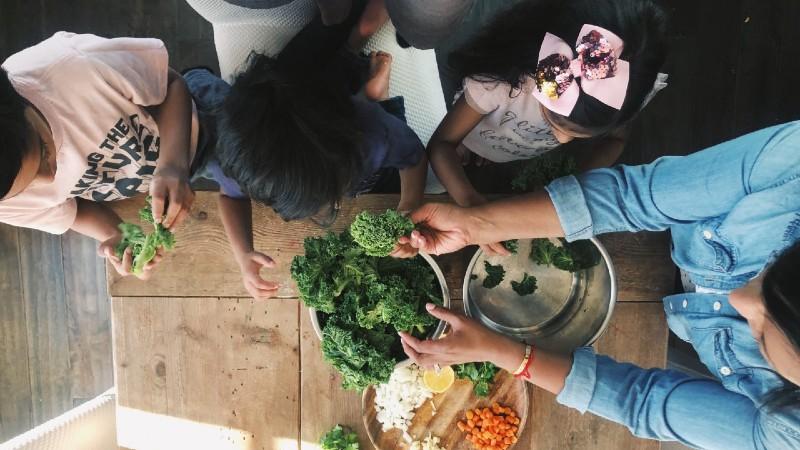 family preparing veggies