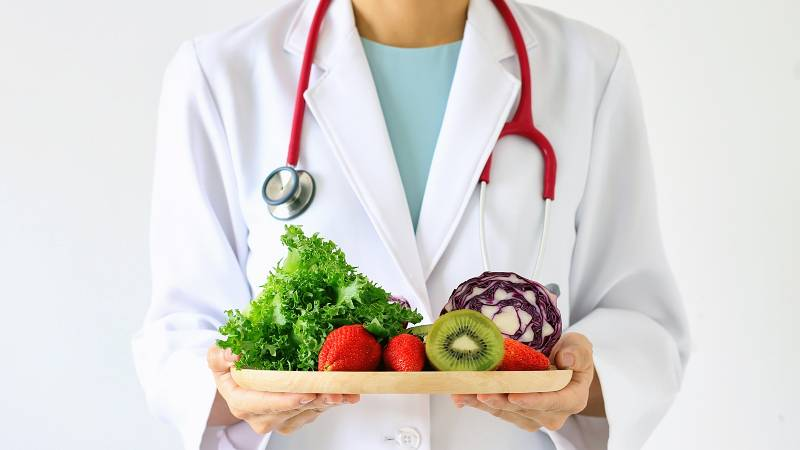 Diet Can Fight Diseases Linked to Poor COVID-19 Outcomes